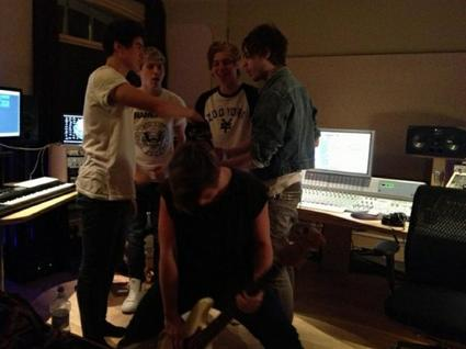 One Direction With 5 Second Of Summer ♥